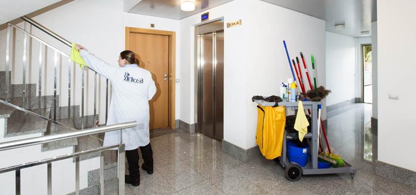 Servicios de limpieza y mantenimiento servicios - Empresas de limpieza en mallorca ...
