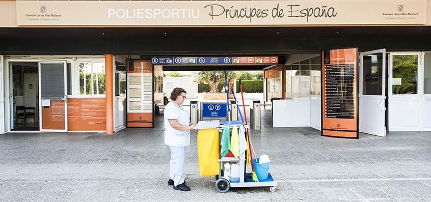Servicios de limpieza y mantenimiento servicios - Empresas de limpieza mallorca ...